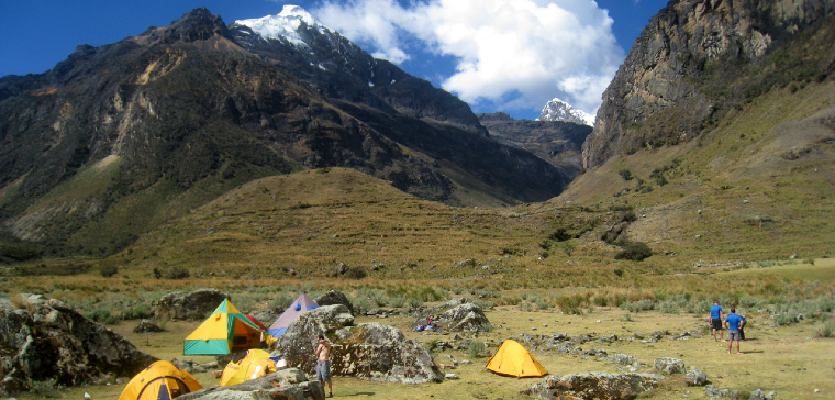 quilcayhuanca valley trek